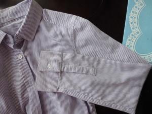 紫ストライプ半袖へ①