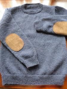 紺のセーター